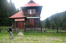 Cserepes erdészház, Fotó: Vasile Coancă