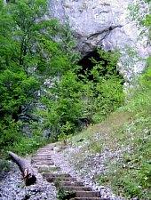 Poarta lui Ionele cave, Photo: Radu Dârlea