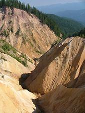 Ruginoasa Abyss, Vârtop , Photo: Cristian Vîrciu