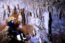 Humpleu barlang, Bihar-Vlegyásza, Erdélyi-szigethegység., Fotó: George Fozocoș