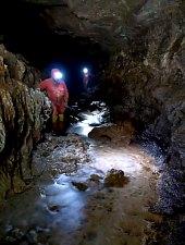 Humpleu barlang, Bihar-Vlegyásza, Erdélyi-szigethegység., Fotó: Gigi Frățilă