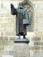 Statuia lui Honterus de la Biserica Neagră, Foto: Daniel Stoica