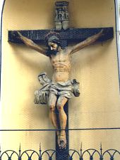 Crucea de peretele bisericii, Foto: Pénzes Nándor