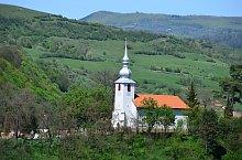 Catholic church, Brădești , Photo: Csedő Attila