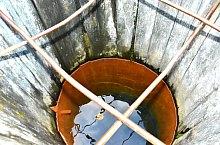 Mineral water, Căpâlnița , Photo: WR