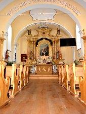 Biserica catolica, Cadiseni , Foto: WR