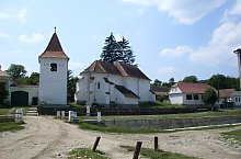 Evangelical fortified church, Roandola , Photo: Nicu Perlea