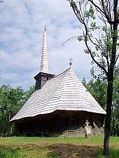Wooden church, Berindu , Photo: Bogdan Ilieș