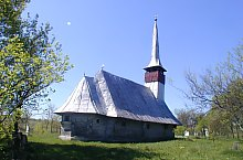 Wooden church, Răstolțu Deșert , Photo: Valeria Lehene
