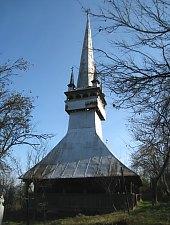 Wooden church, Dragu , Photo: Valeria Lehene