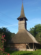 Wooden church, Sîmpetru Almașului , Photo: Valeria Lehene
