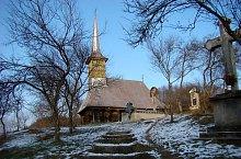Wooden church, Var , Photo: Țecu Mircea Rareș