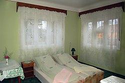 Gólyafészek pension, Sâncraiu , Photo: WR