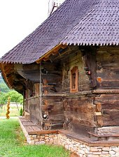 Wooden church, Cucuceni , Photo: Orthodox Diocese of Oradea