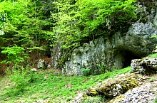 Vacilor and Liliecilor cave, Photo: Tőrös Víg Csaba