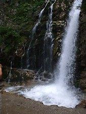 Urlatoarea Waterfall, Busteni , Photo: Georgiana Corovița