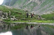 Podragu chalet-Podragului saddle hiking trail, Făgăraș mountains, Photo: Silvia David