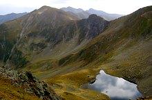 Avrig lake, Făgăraș mountains·, Photo: Gabriel Gheorghiu