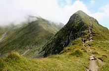 Podragu saddle -  Capra saddle hiking trail, Făgăraș mountains, Photo: Marius Radu