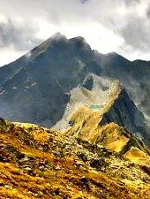 Lespezi - Cornul Călțunului peak, Făgăraș mountains·, Photo: Andrei Cioboată