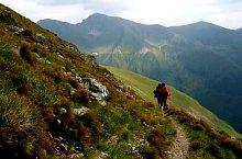 Capra lodge - Caprei lake hiking trail, Făgăraș mountains, Photo: Marius Dumitrel