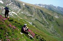Piscul Negru - Podeanu nyereg jelzett turistaút, Fogarasi havasok, Fotó: Marius Dumitrel