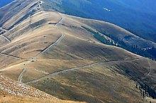 Piscul Negru - Podeanu nyereg jelzett turistaút, Fogarasi havasok, Fotó: Niculae Ungureanu