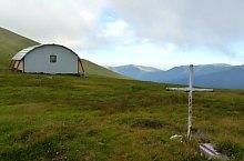 Kis-ablak menedékkunyhó, Fogarasi havasok., Fotó: Adrian Stanbeca