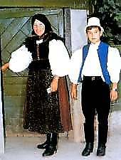 Traditional costumes in Mezőség