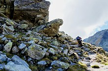 Pietrele turistaház - Peleága nyereg jelzett turistaút, Retyezát hegység, Fotó: Ambrus Tibor