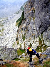 Climbing on Judele peak, Photo: Sorin Rechițan