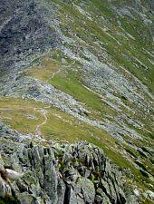 The path on the ridge, Photo: Radu Dârlea