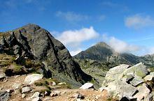 Bucura II and Retezat peaks, Photo: Cătălin Lucan
