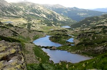 Florica Lake and Viorica Lake, surrounded by several small lakes, Photo: Gianina Stepan