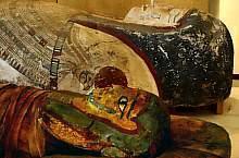Muzeul Franz Binder, Mumie egipteană cu sarcofag din perioada ptolemaică târzie (peste 2000 de ani vechime), a unui bărbat egiptean foarte bogat, probabil înalt demnitar.