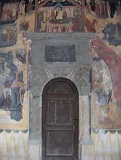 Old Church, The entrance, Photo: pr. Mihail Nagy